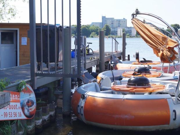 Ausflug Vatertag Grillboot Verleih naturtrip.org