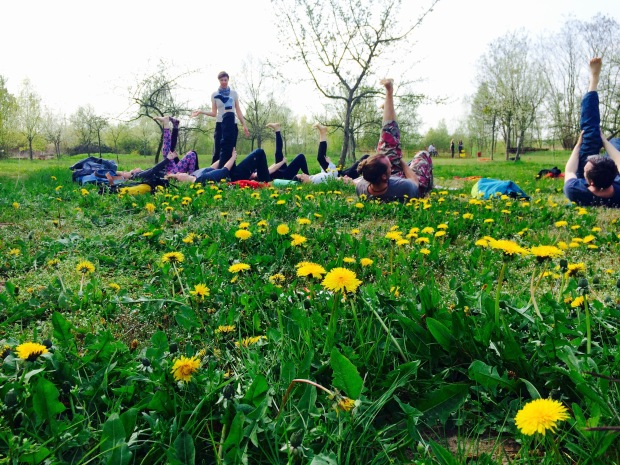 Outdoor Yoga mit Karmahike